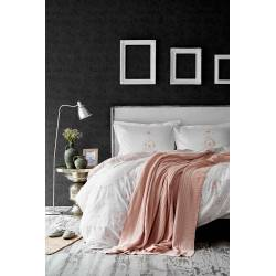 Karaca Home Quatre Deluxe, Powder Duvet Cover and Knit Blanket Set