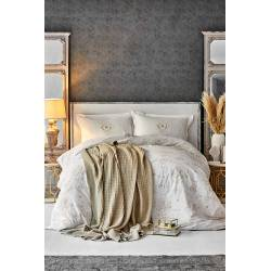 Karaca Home Quatre Deluxe, Gold Duvet Cover and Knit Blanket Set