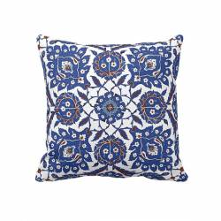 Nicaea tile pattern Pillowcase